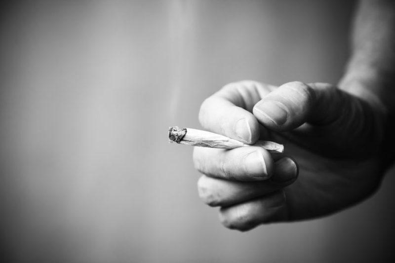 Black n White Joint